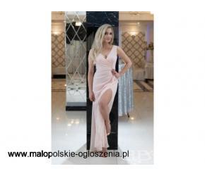 Modna sukienka różowa w sklep.bbstudio.eu